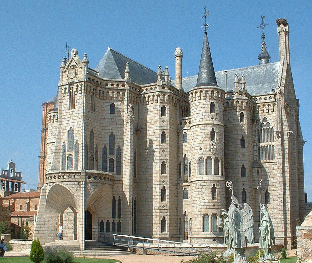 Palazzo_episcopale_Astorga-mangotour